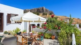 Choose This 2 Star Hotel In Rhodes