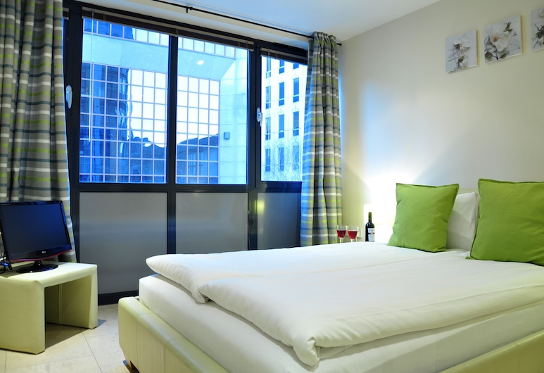 London Centre Apartments, London, Standard Apartment, 2 Bedrooms, Room