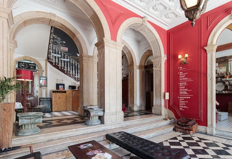 The Independente Hostel & Suites, Lisbona, Reception