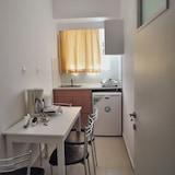 Ιδιωτική μικρή κουζίνα