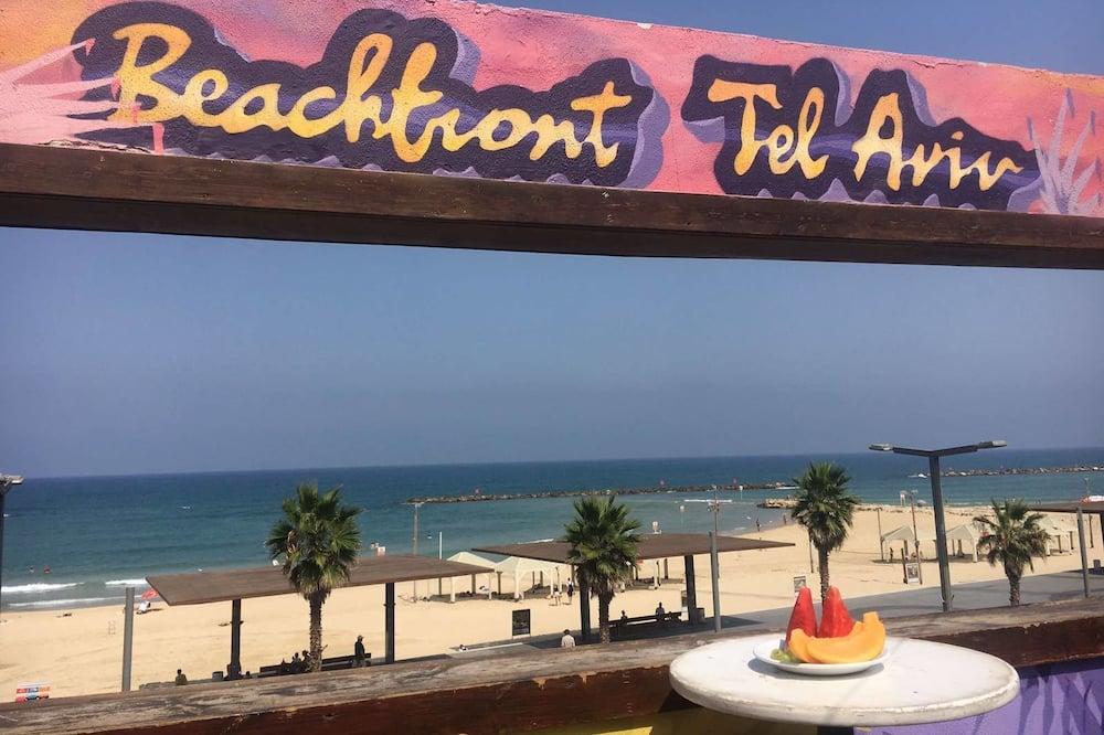 Phòng 4, Phòng tắm dùng chung - Bãi biển