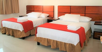 Picture of Hotel Suites Guayaquil in Guayaquil