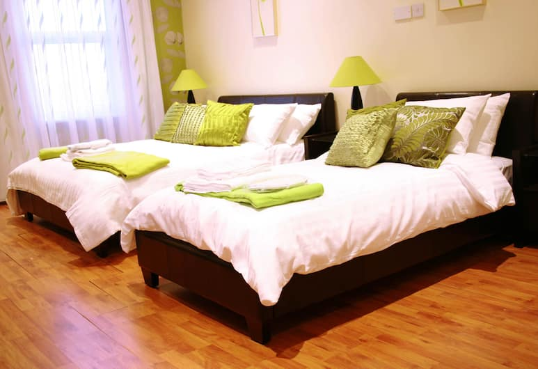 Hotel Makedonia, London, Triple Room, Guest Room