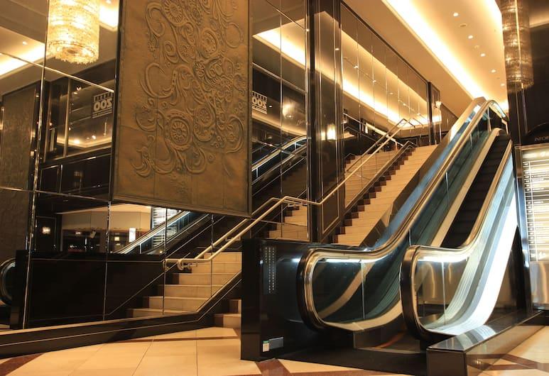 Hotel Trusty Nagoya Shirakawa, Nagoya, Entrada del hotel