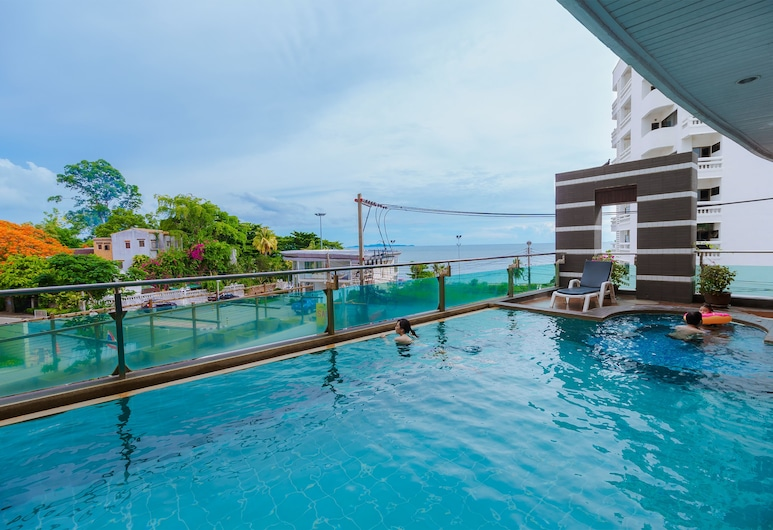 Royal Beach View Suites, Πατάγια, Εξωτερική πισίνα