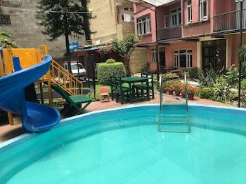 Restplasser til Katmandu