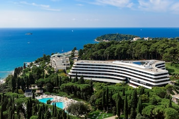 Enter your dates to get the Rovinj hotel deal