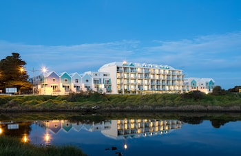 Picture of Lady Bay Resort in Warrnambool