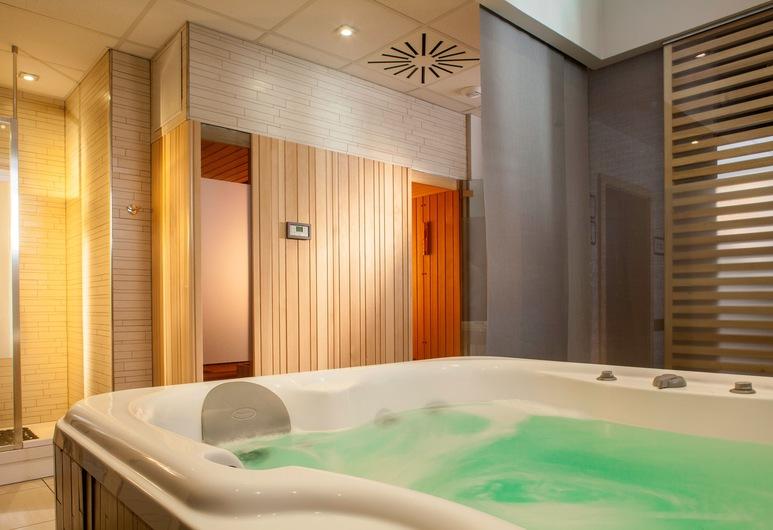 Hotel Villa K- Basel Airport, Saint-Louis, Indoor Spa Tub
