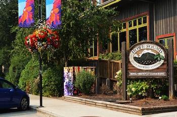 Fotografia do Howe Sound Inn & Brewing Company em Squamish