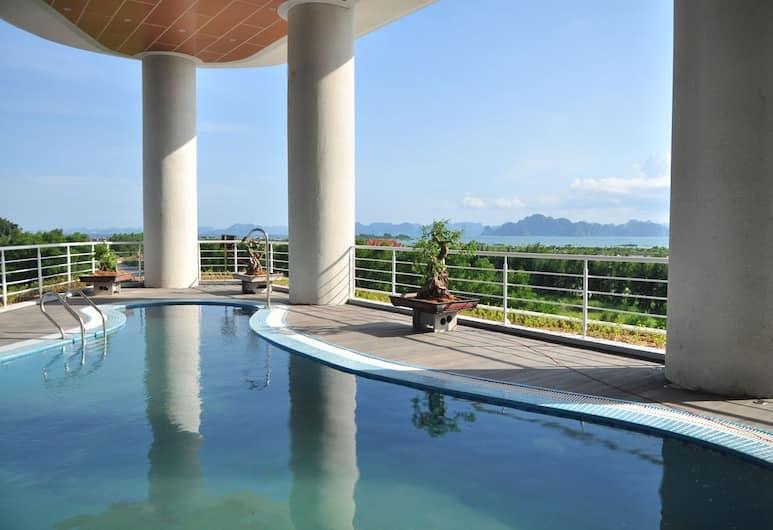 Muong Thanh Grand Ha Long Hotel, Ha Long, Pool