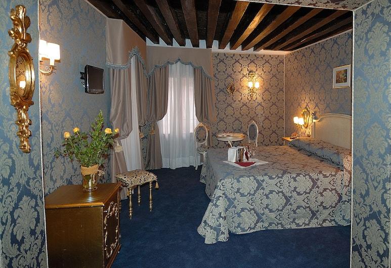 Residenza La Loggia, Veneetsia, Deluxe kolmetuba, Tuba