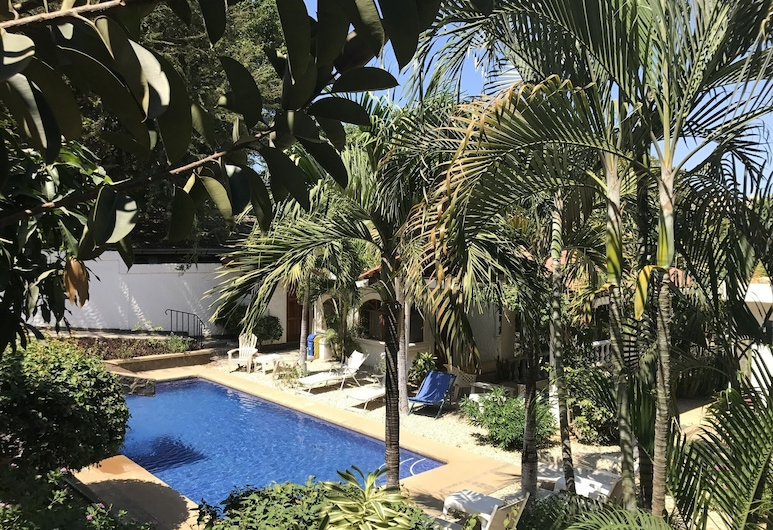 Hotel Flores - Adults Only, Tamarindo, Piscina