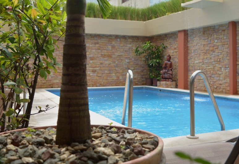 Hotel Serenity, Quepos, Pool