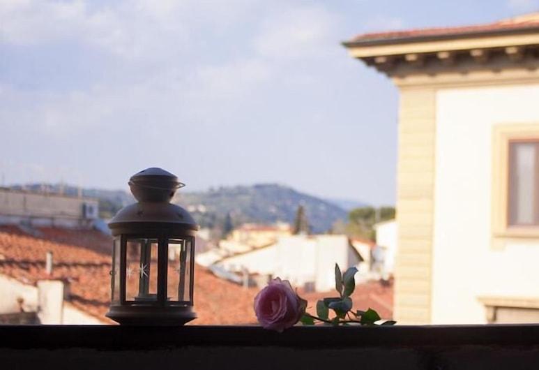 Il Magnifico Soggiorno, Φλωρεντία, Μπαλκόνι