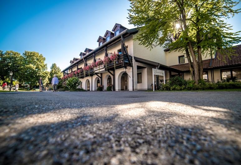 Hotel Summerhof, Bad Griesbach im Rottal, Hotel Front