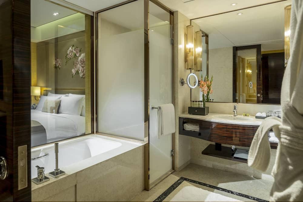 Classic-huone, 1 suuri parisänky - Kylpyhuone