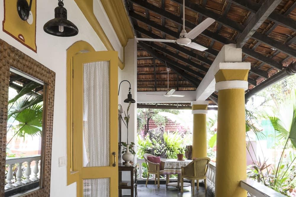 Casa Favourite - Balcony