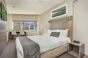 Picture of Manly Paradise Motel & Apartments in Manly