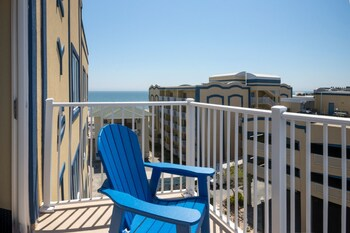 Picture of Crystal Beach Hotel in Ocean City