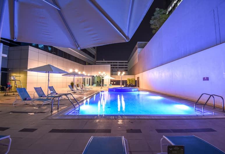 Premier Inn Abu Dhabi Capital Centre, Abu Dhabi, Terrasse/veranda