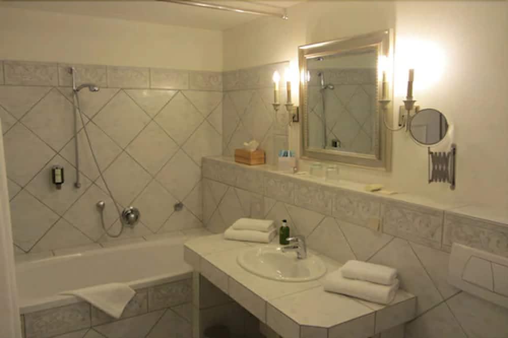 Comfort Double Room, Park View - Bilik mandi