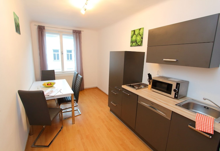 CheckVienna – Apartment Reumannplatz, Vienna, Exterior