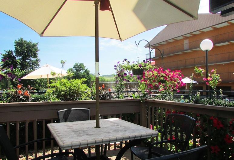 Arbors at Island Landing Hotel & Suites, Pigeon Forge, Terrazza/Patio