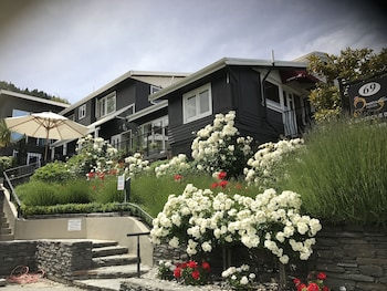 Picture of Queenstown House Boutique Bed & Breakfast & Apartments in Queenstown