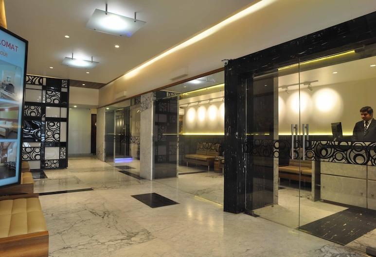Diplomat Hotel, Bombay, Resepsiyon