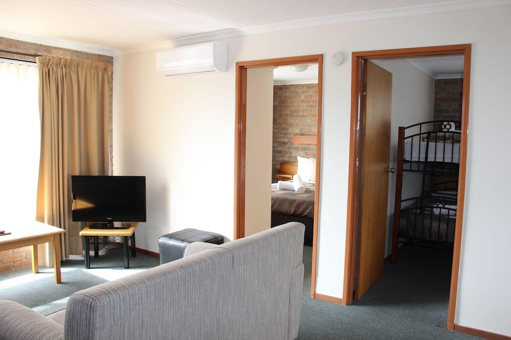 Standard-Apartment, 2Schlafzimmer, Parkblick - Wohnzimmer