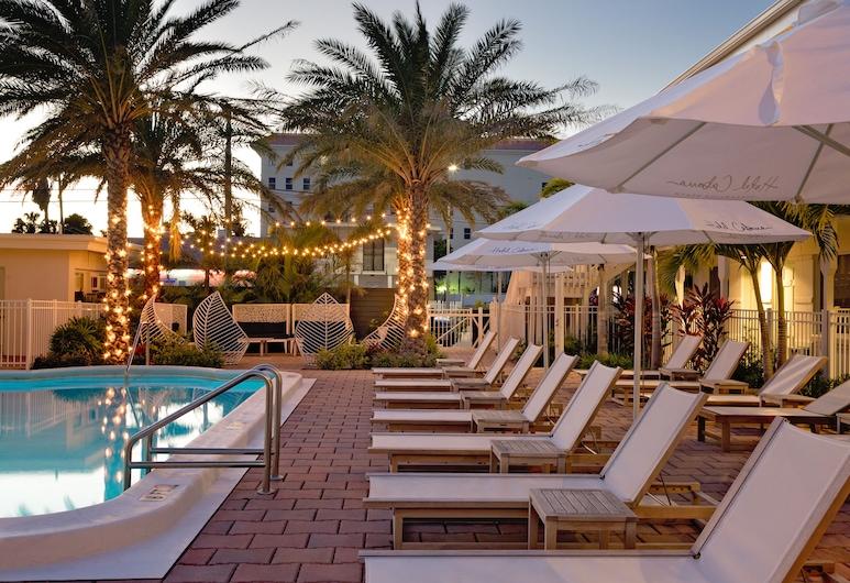 Hotel Cabana Clearwater Beach, Clearwater Beach, Терраса с шезлонгами