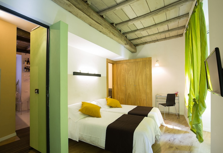 Nerva Accommodation, Rome, Double or Twin Room, Guest Room