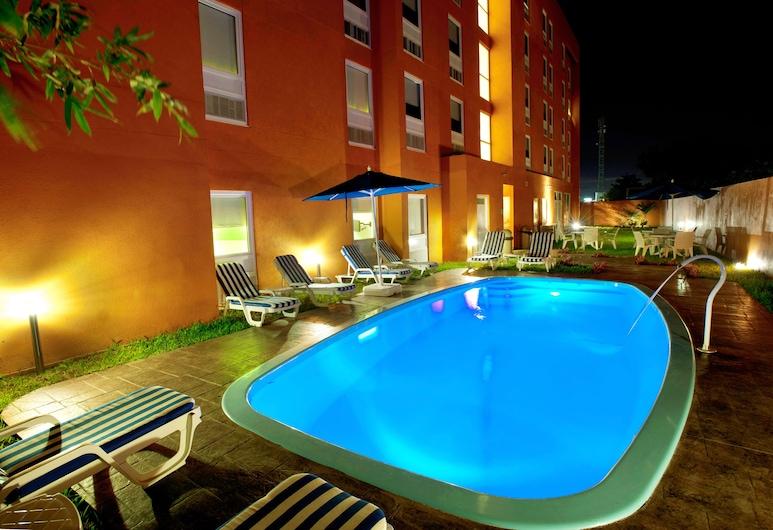 City Express Junior Veracruz Aeropuerto, Veracruz, Outdoor Pool