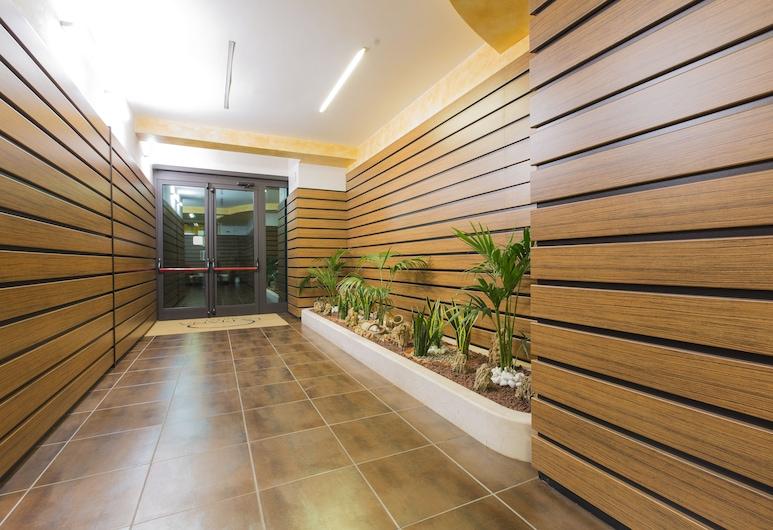 Hotel La Piana, Τίτο, Εσωτερική είσοδος