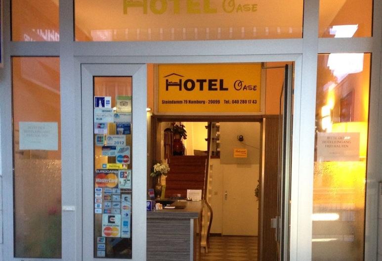 Hotel Oase, Hamburg, Belső bejárat