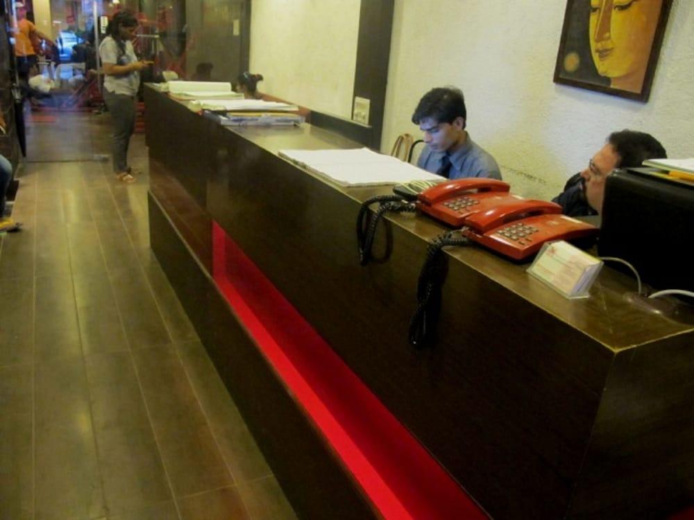 Hotel Red Palm, Mumbai