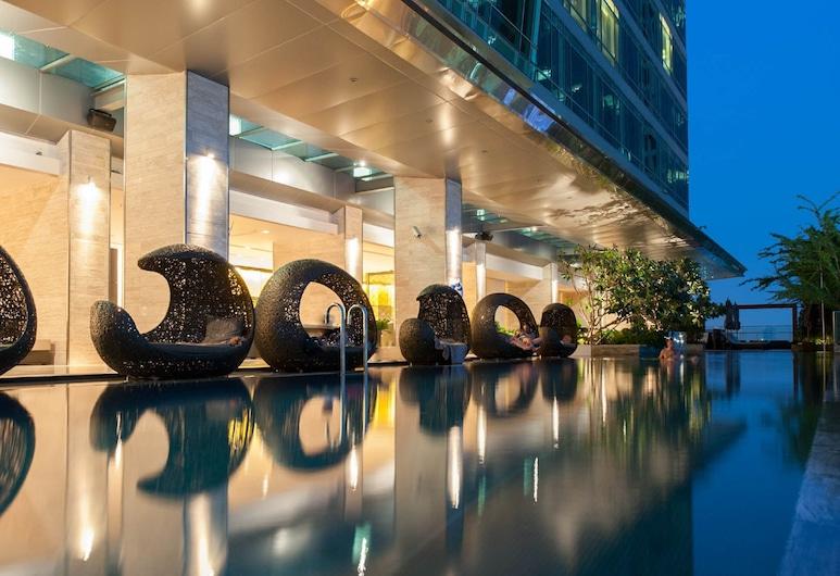 イースティン グランド ホテル サトーン, バンコク, 屋外プール