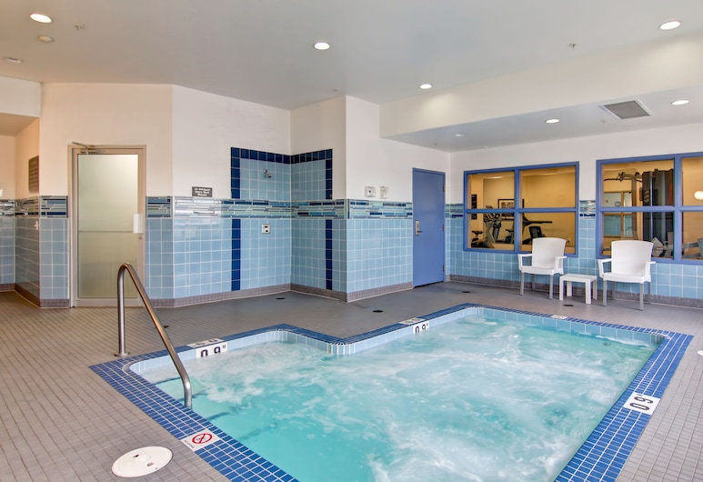 Canalta Melfort Hotel, Melfort, Indoor Spa Tub