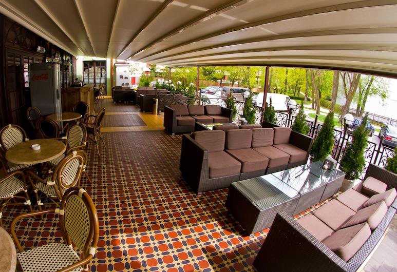 Hermitage Hotel, Brest, Terrasse/Patio