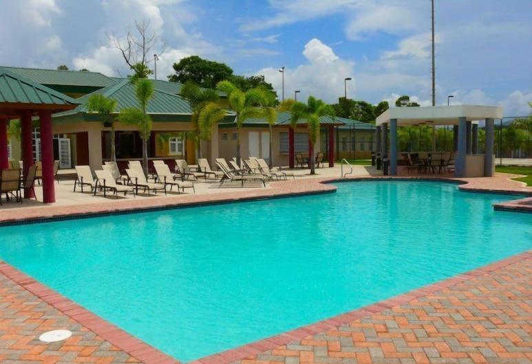 Cidra Country Club Inn & Villas, Cidra, Kültéri medence