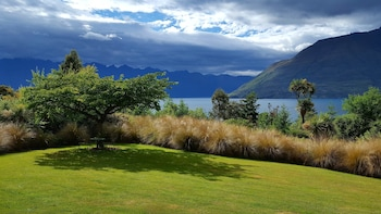 Picture of Hidden Lodge Queenstown  in Queenstown