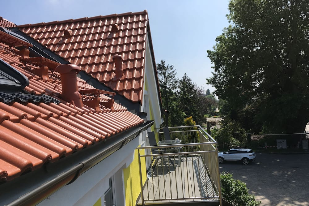 Studio, Balcony (50€ cleaning fee on top of the rate) - Balcony