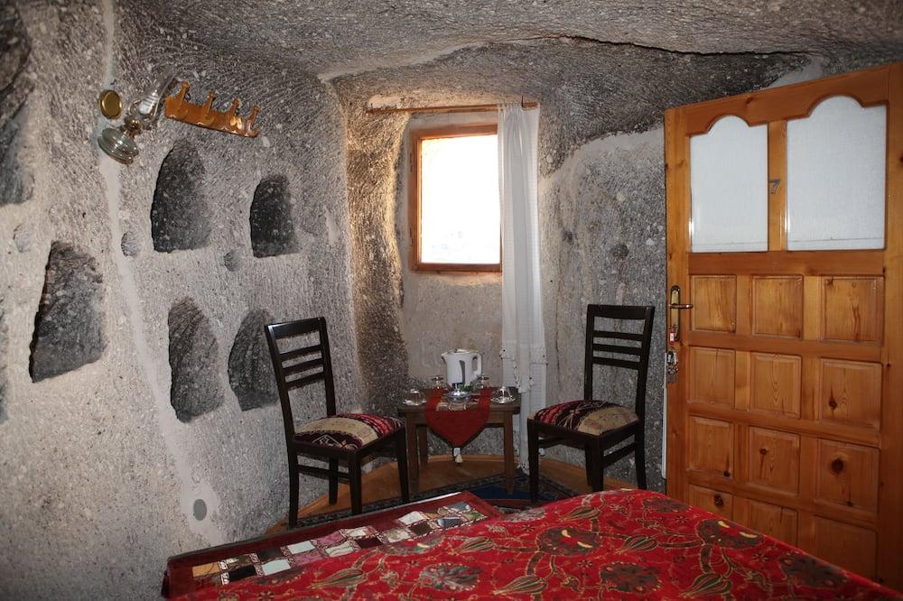 Tweepersoonskamer (Cave ) - Woonruimte