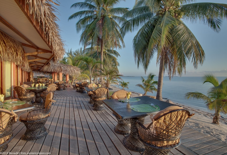 Robert's Grove Beach Resort, Placencia, Terasa restaurace