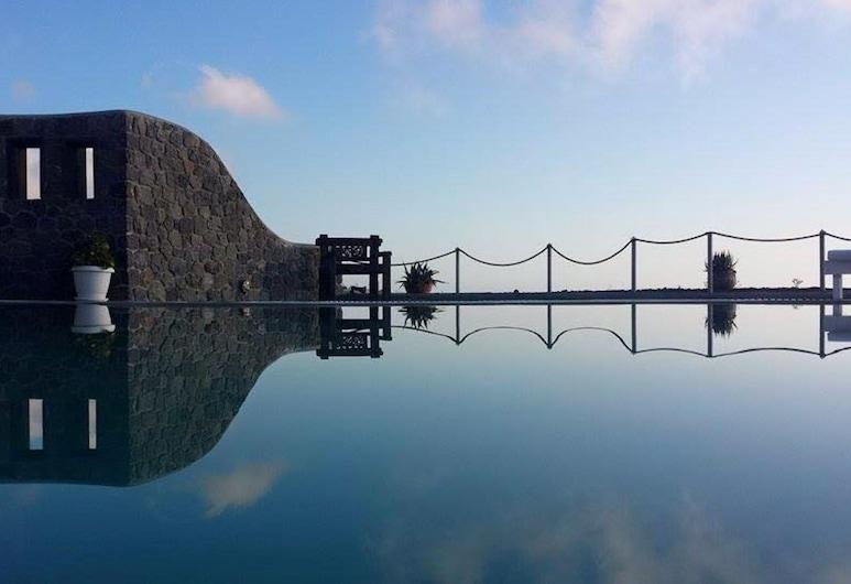 Thea Luxury Resort, Santorini