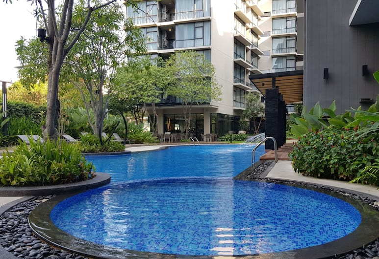 Altera Hotel and Residence (Formerly known as At Mind Serviced Residence), Pattaya, Outdoor Pool