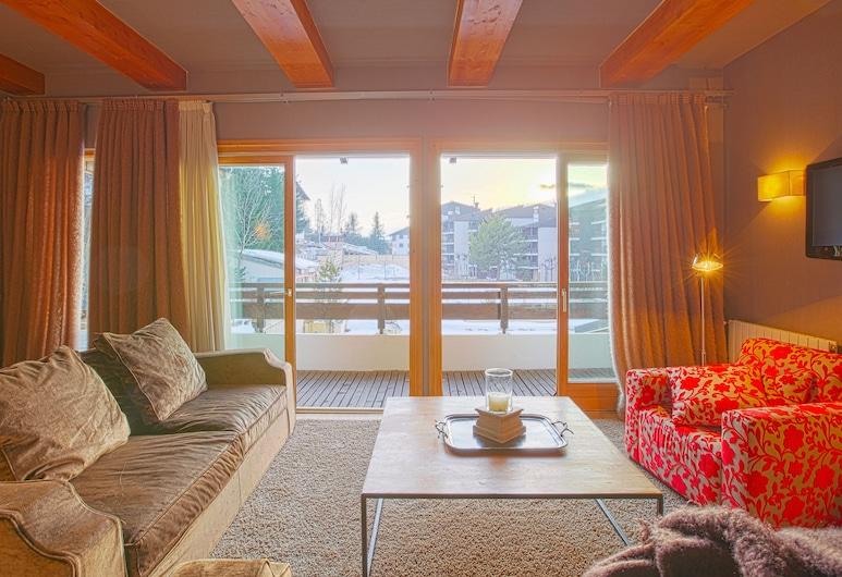 Royal Rochebrune Hotel, Megeve, Королевские апартаменты, 2 спальни, Зона гостиной