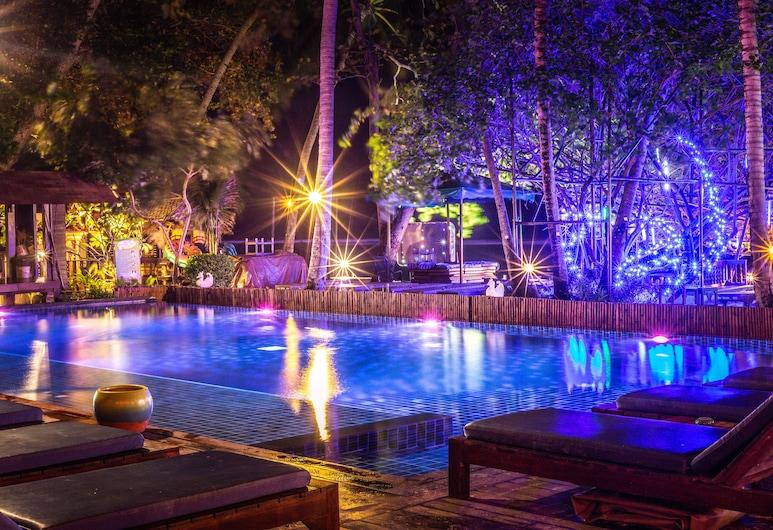 Chaweng Garden Beach Resort, Koh Samui, Outdoor Pool