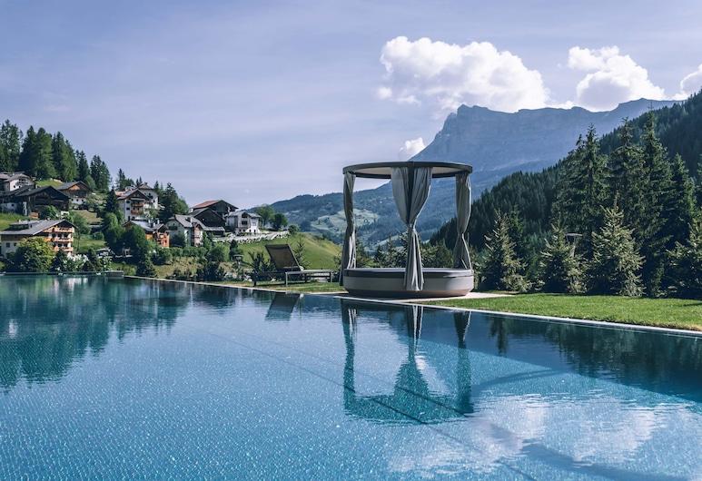 Hotel Cristallo, Badia, Outdoor Pool